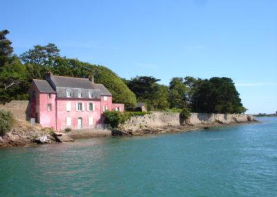France-golfe_du_morbihan-maison_rose-400x284